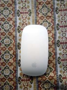 Apple wireless mouse M1