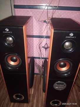 Zebronics Tower speaker with karaoke system.