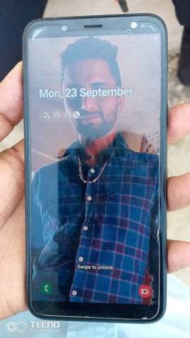 Samsung J6 only one year old 3/32GB