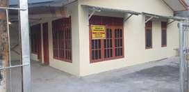 Di Kontrakan sebuah rumah lokasi strategis dekat kampus UNP bs nego
