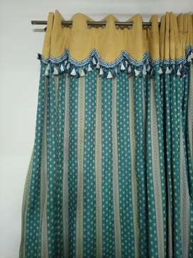 I'm selling curtains