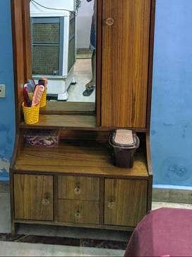 Sturdy dressing table
