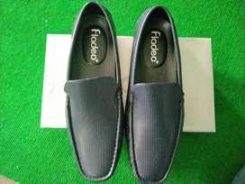 Jual Sepatu Fladeo Size 42 ( belum pernah dipakai )