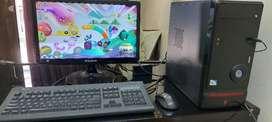 Desktop Computer 4GB Ram 500GBHDD Intel processor Samsung LED TVS gold