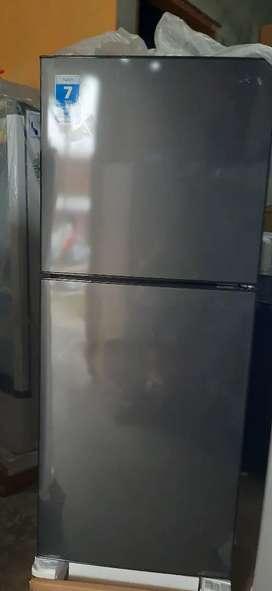 kulkas 2 pintu baru murah cuci gudang