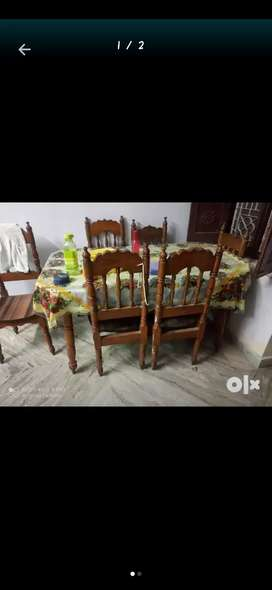 Dining table with 6 chairs ( sangwan )