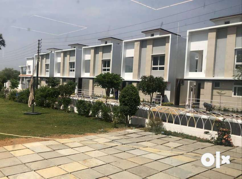 Low budget villas for sale at airport road 0