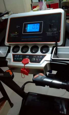 Promo treadmill turin AUTO INCLINE gratis antar