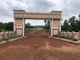 HIGHWAY FACING GATED COMMUNITY LAYOUT OPP RAGHU COLLEGE AT DAKAMARRI