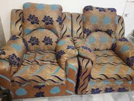 7 seater new condition only 2 month use