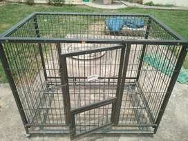 Dog cage with carrying tyre