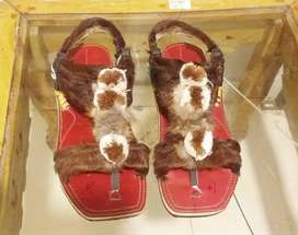 Hand made cultural chappal for men and women. Made in bannu, peshawar