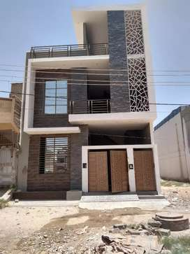 120 yards double story house for sale in Saadi town block 5
