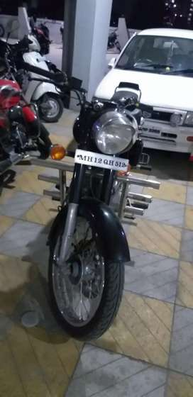 Royal Enfield classic 350 available