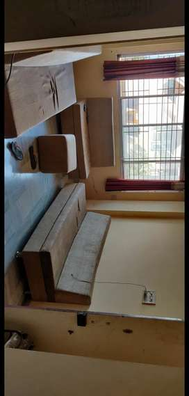 Hey guys its 3bhk independent flat one room is available here