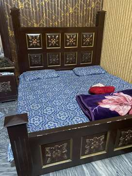Bed set Dressing Table and Dewaan