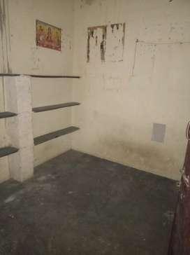 Single room for rent at maharanifarm
