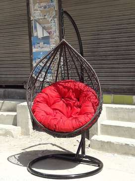 Swing chairs for enjoy your evening with your loved once