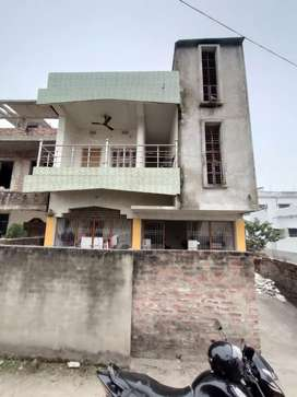 3 BHK 1300 square feet flat for rent