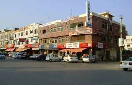 3 kanal plaza For sale in blue Area