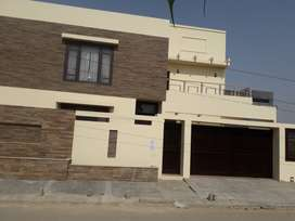 Banglow portion 500 yards for rent in Phase 8 (faisal commercial)