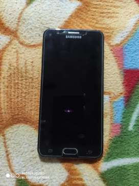Samsung J7 prime 3/32 gb    3 year 9 month old