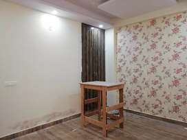 Low rise G+3 buider floors available in noida phase 2
