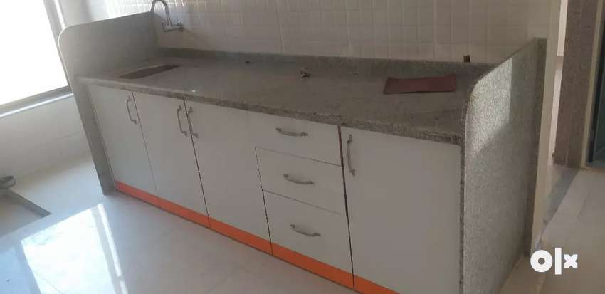 2 bhk with modular kitchan / gas line/ fan tube f 0
