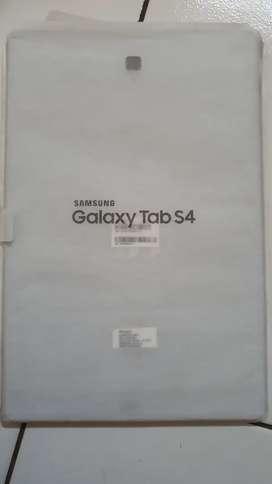 Samsung tablet S4 putih white plus keyboard