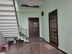 Office space or godown available in jankipuram