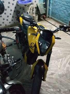 Koi kami nhi h original bike h duke 200 Delhi no h