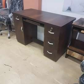 New office or computer table in direct factory price.