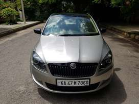 Skoda Rapid 1.5 TDI CR Elegance Black Package Automatic, 2015, Diese..