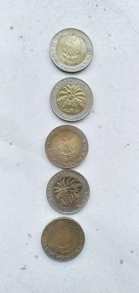 Koin pecahan Rp 1 000,-