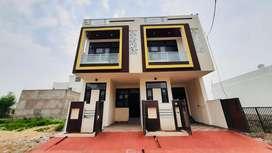 East Facing Villa for sale in Mansarover on 40 ft Road