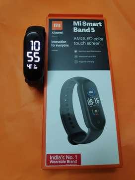 MI Band5 (fitness band)