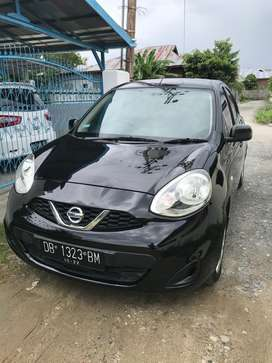 Jual mobil Nissan march matic 2017