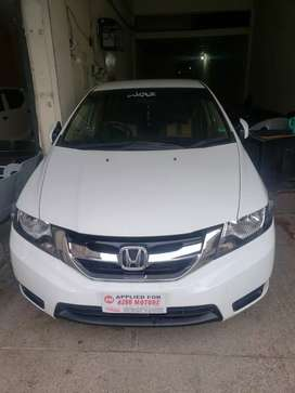 honda city available for pic n drop