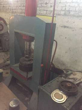 25 ton Hydraulic press for sale