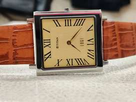 Titan edge world's slimmest watch new condition