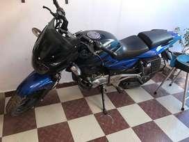 Pulsar 180cc. Blue/black