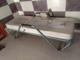 Therapy bed with all projectors