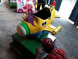 wahana mainan koin pesawat odong odong AF perahu kayuh fiber