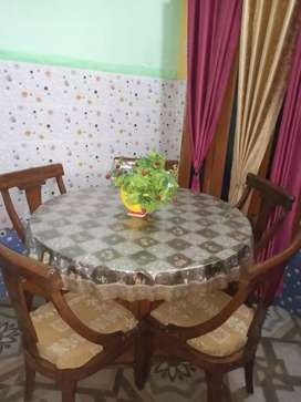 Dinning table set with Best quality at reasonable price