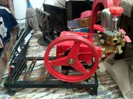 Two wheeler & for wheeler trak secvice prasar whatar pump