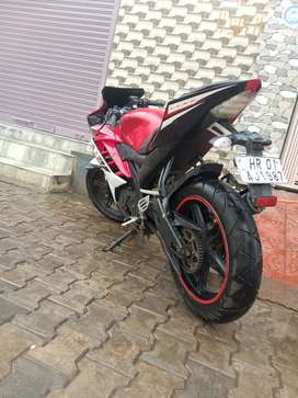 R15 V2 mint condition
