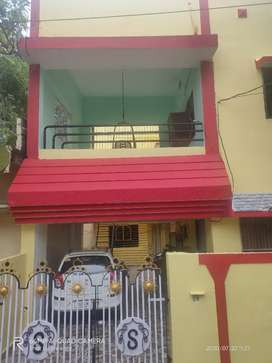 Walking distance from pachpedi naka chok 1 bed is available (FOR GIRL)