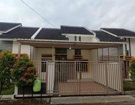 Rumah Baru Dijual SIAP HUNI dkat Margahayu Raya MTC MIM di Ciwastra OK