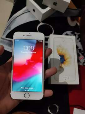 Iphone 6s 32gb nd iphone 7 32gb black col in a vry good condtn
