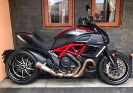 Diavel Carbon 2015